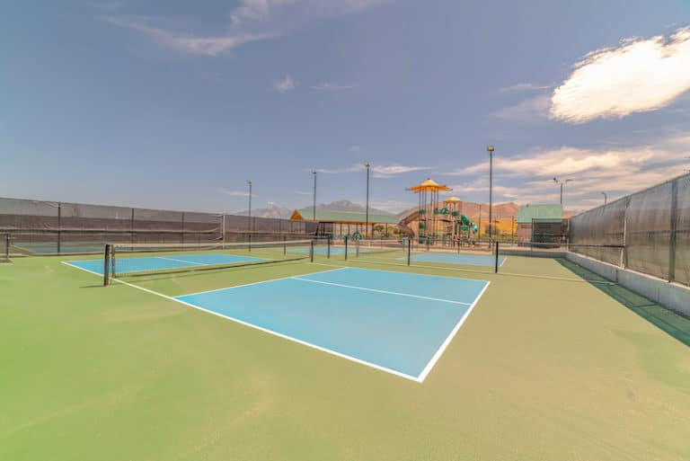 green and blue pickleball court